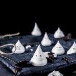 Halloweenin kummitusmarengit resepti