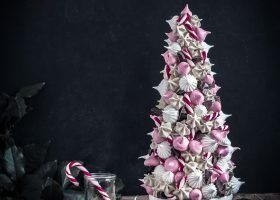 meringue christmas tree - marenkijoulukuusi