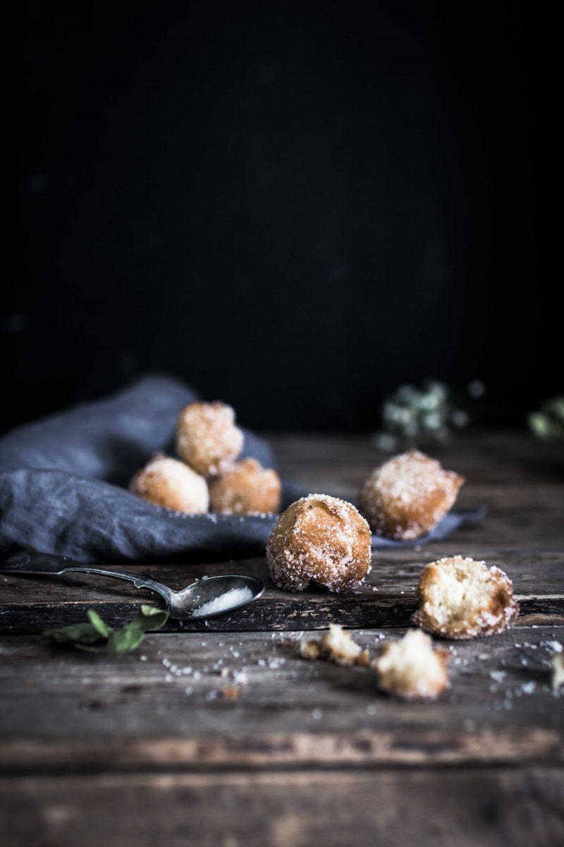 Helpot vappumunkit - Easy Doughnut Holes