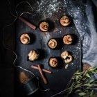 Quick Cinnamon Rolls - Nopeat korvapuustit