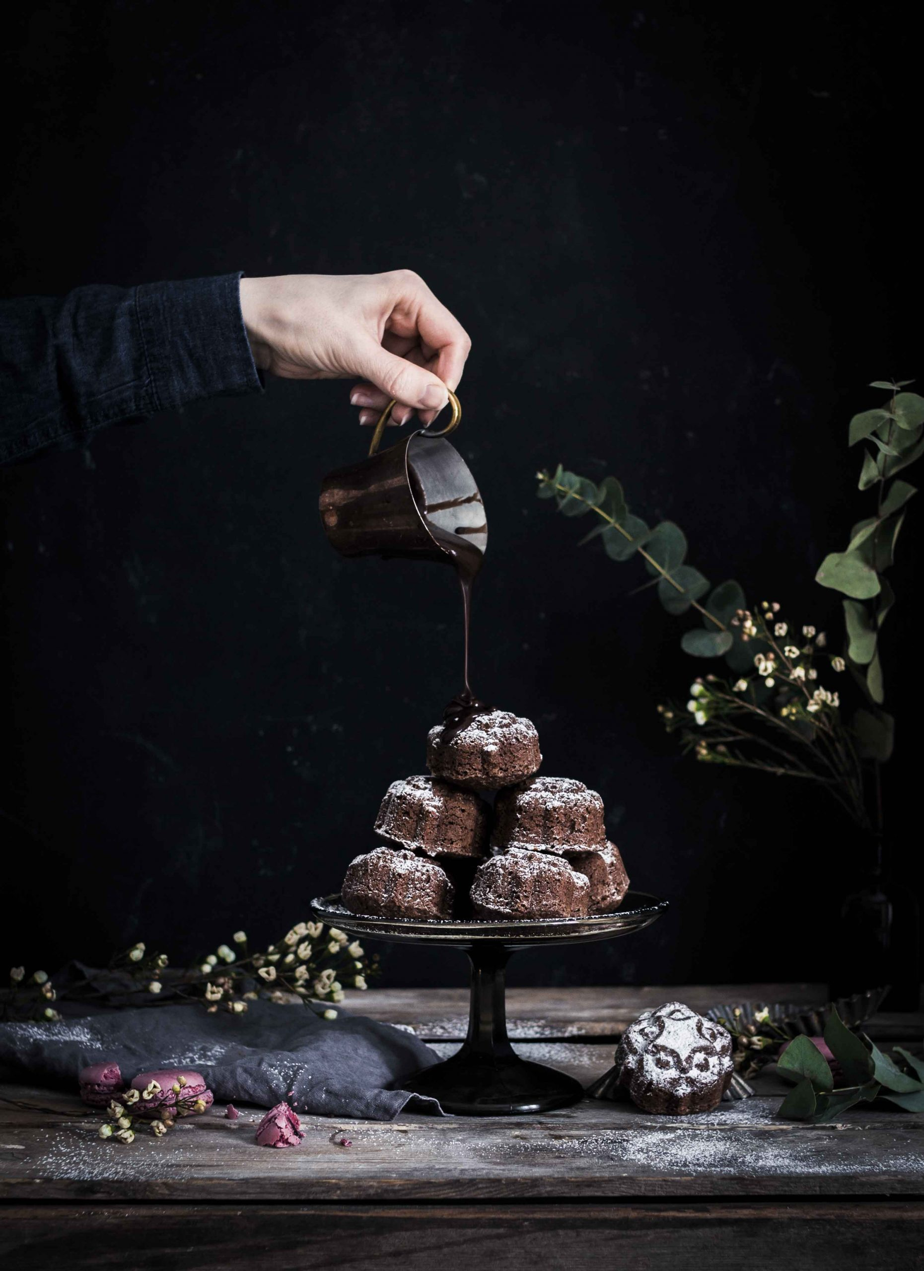 Mokkakakut valualumiinivuoka, Mocha cakes, cast aluminium pan, Emma Ivane, Heirol, Collection