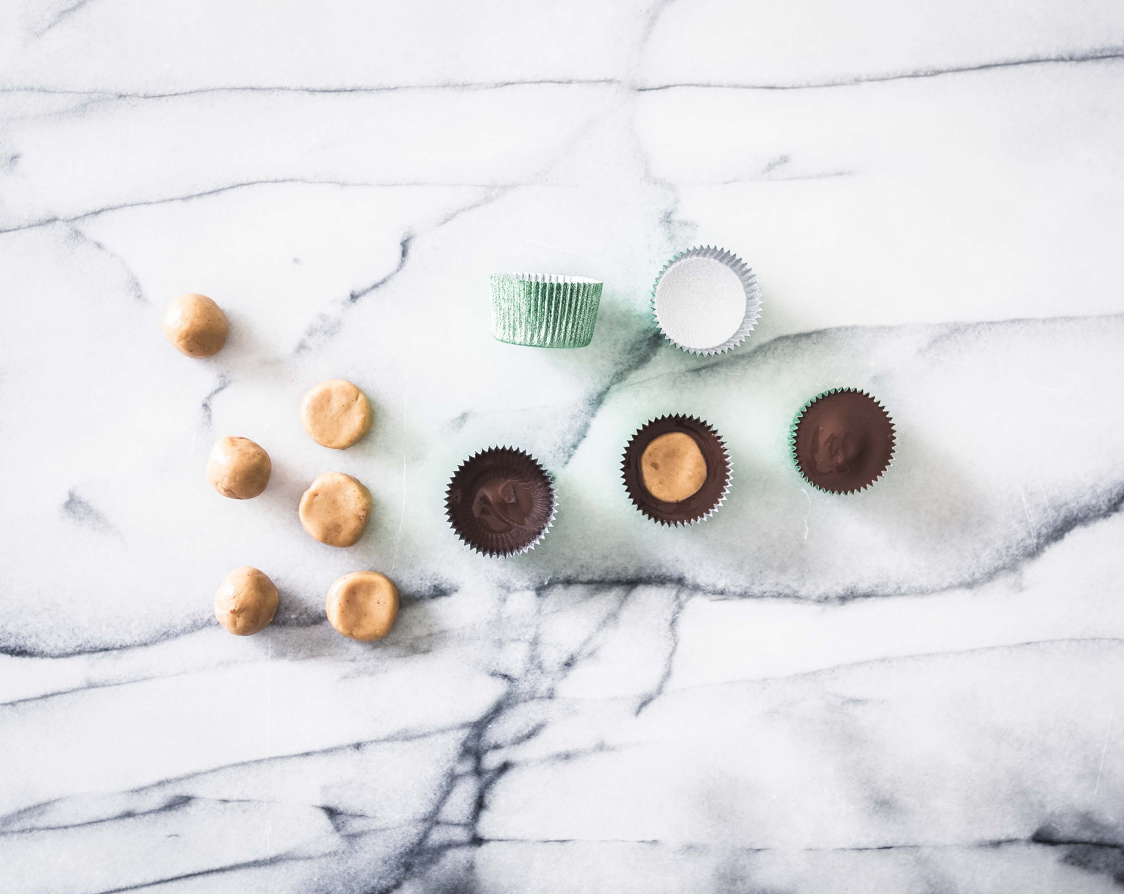 3 ingredient peanut butter cups resepti Emma Ivane