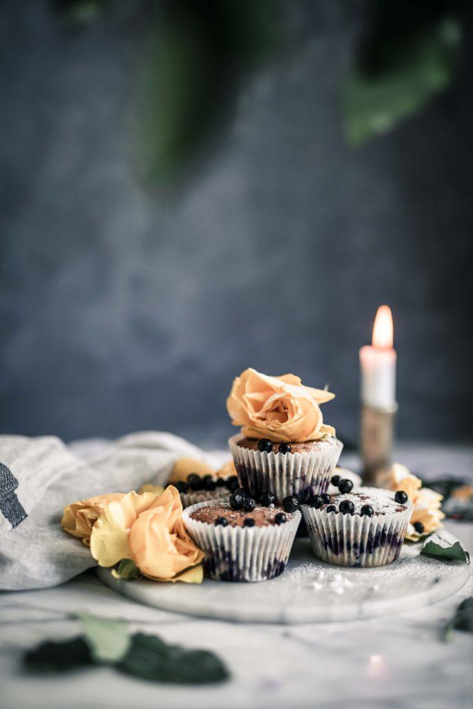 Helpot mustikka kardemumma muffinssit